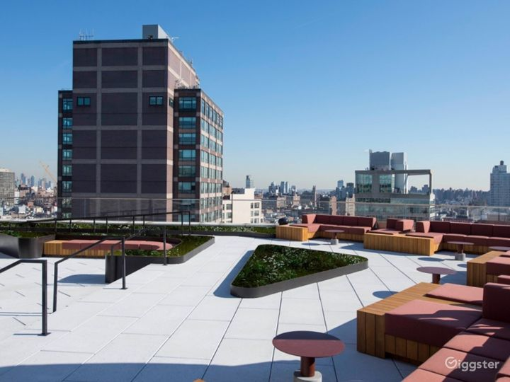 Hudson Rooftop Photo 3