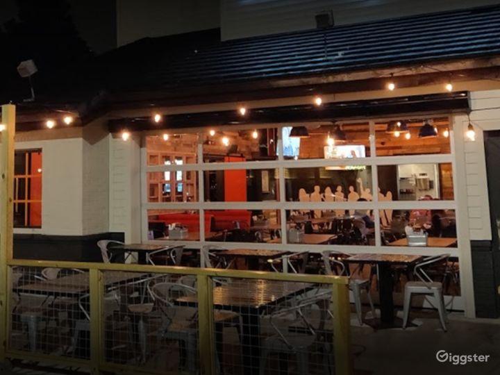Beautiful Outdoor Dining Space in Atlanta Photo 2