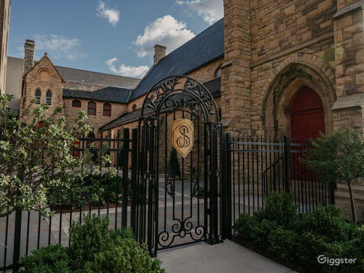 Abbey Outside Courtyard Photo 5