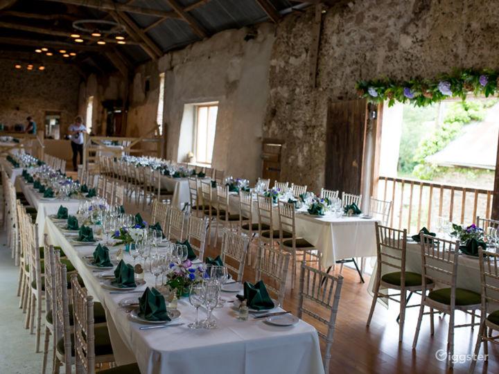 Beautiful Rustic Barn Wedding Venue in North Tawton Photo 2
