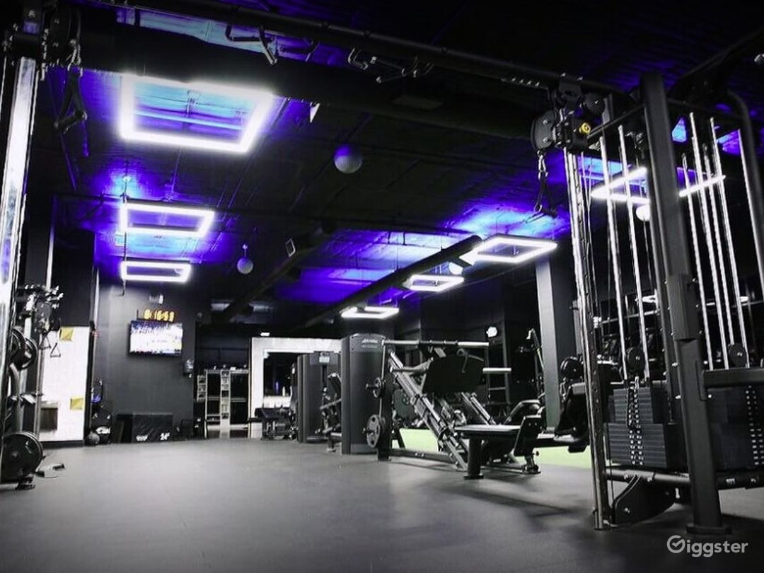 Luxurious boutique fitness studio in Beverly Hills Photo 1