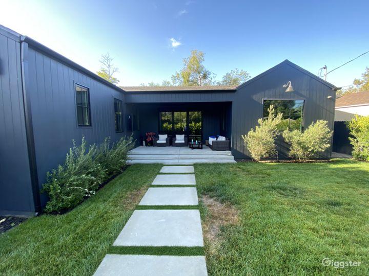 Brand New Modern Ranch/Barn, Custom Finishes Photo 5