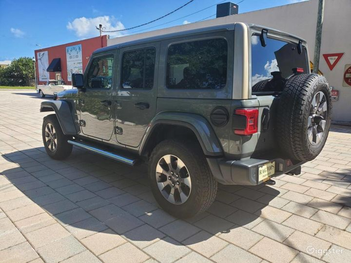 A Must have 2019 Jeep Wrangler Unlimited Sahara  Photo 4