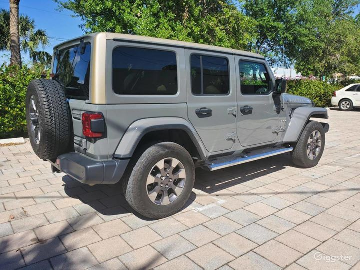 A Must have 2019 Jeep Wrangler Unlimited Sahara  Photo 3