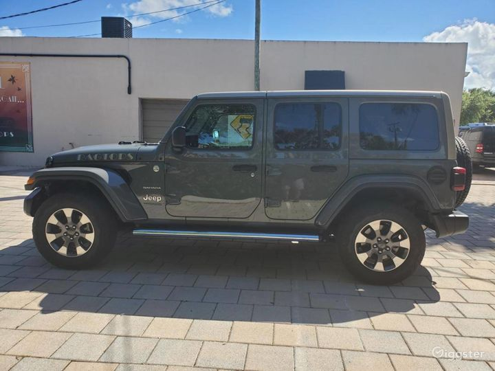 A Must have 2019 Jeep Wrangler Unlimited Sahara  Photo 5