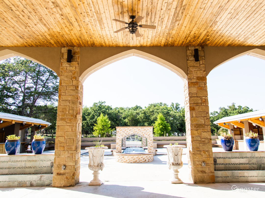 Vistas, Persian Gardens, Waterfalls and River Views Photo 1