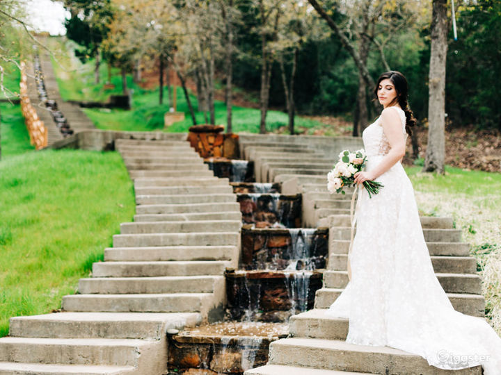 Vistas, Persian Gardens, Waterfalls and River Views Photo 2