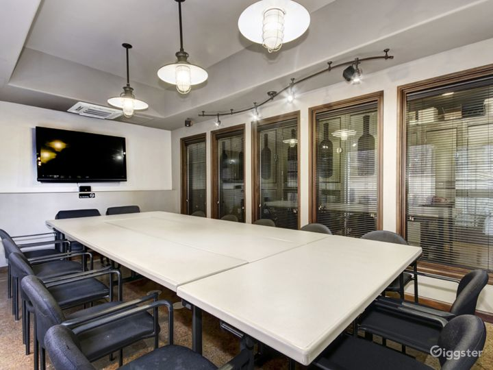 Great Office for Your Meetings - Virtual Office (V-Office Plan) Photo 5