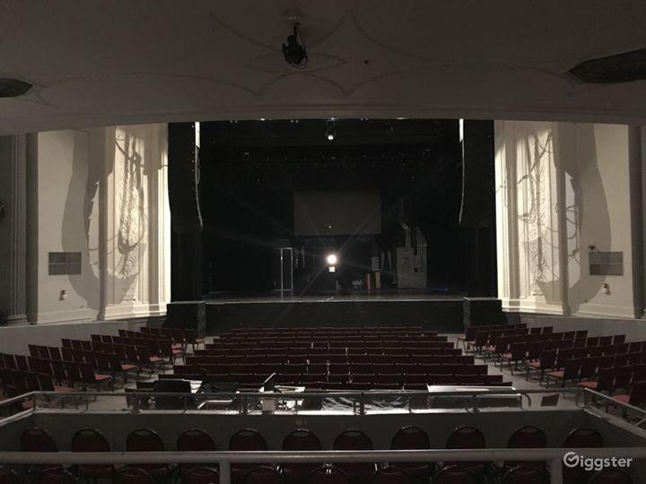 Iconic 1920s Theater Photo 5