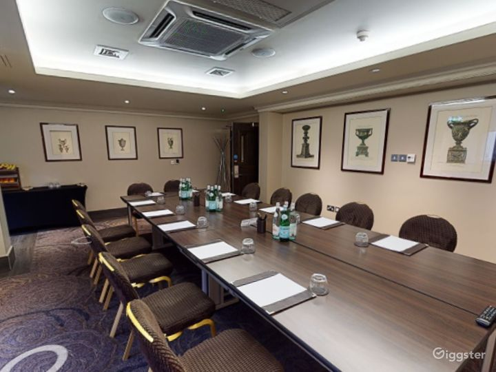 Private Room 5 for up to 30 guests in Cromwell Road, London Photo 5