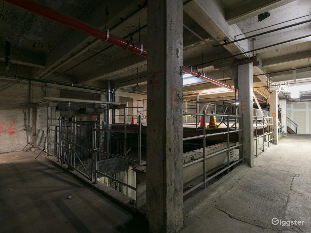 3-Story Empty Warehouse along NYC Viaduct Photo 4