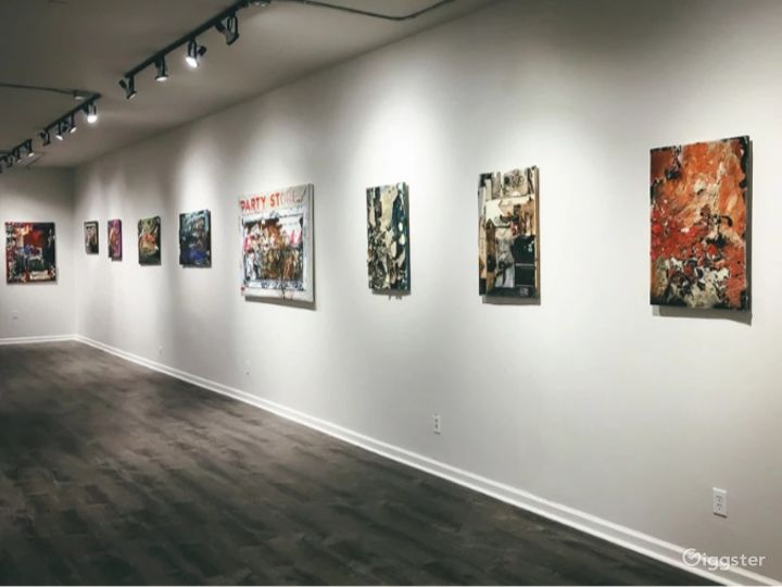Spacious and Bright Gallery in Detroit Photo 2