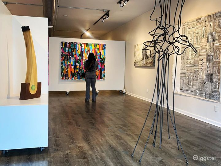 Spacious and Bright Gallery in Detroit Photo 5