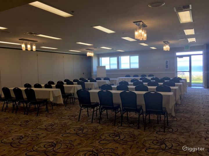 Airy Hotel Ballroom in Lincoln Photo 5