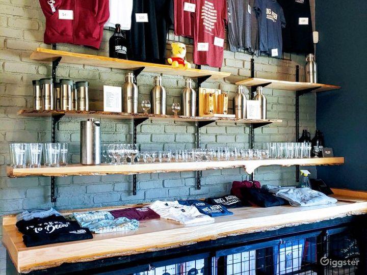Welcoming and Atmospheric Beer Hall in Cincinnati Photo 2