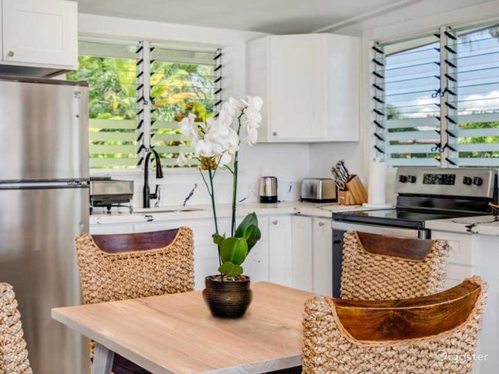 Pure Paradisiacal Bungalow in Haleiwa Photo 4
