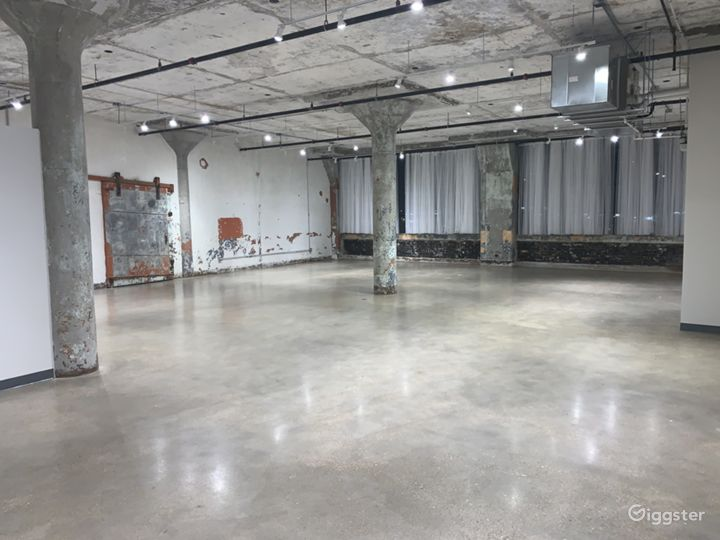 Art Deco Chic Gallery Event Rental Space Photo 3