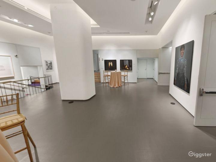 Elegant Gallery One Photo 5