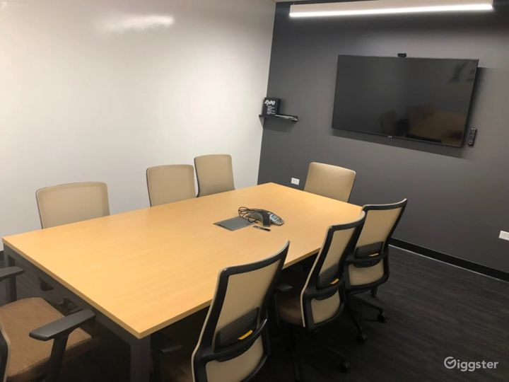 Modern Meeting Room in the Center of Colorado Photo 2
