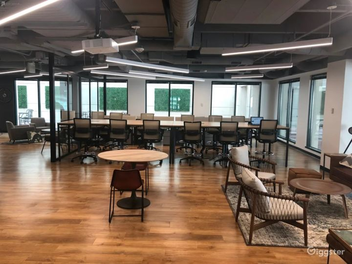 Modern Meeting Room in the Center of Colorado Photo 3