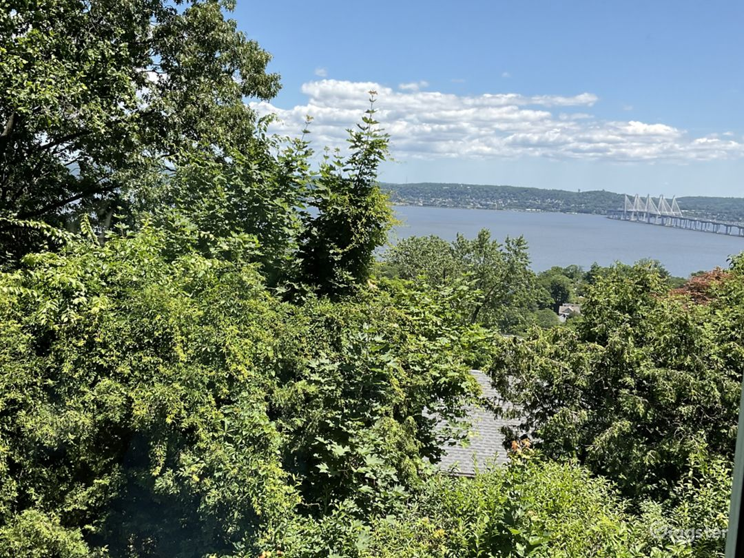 1929 Period Home with Exquisite Hudson River Views Photo 1