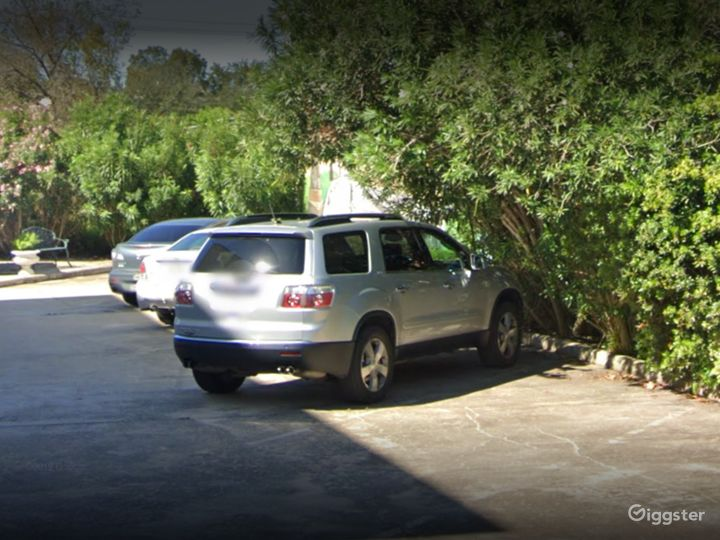 Spacious Private Parking Lot in Houston Photo 5