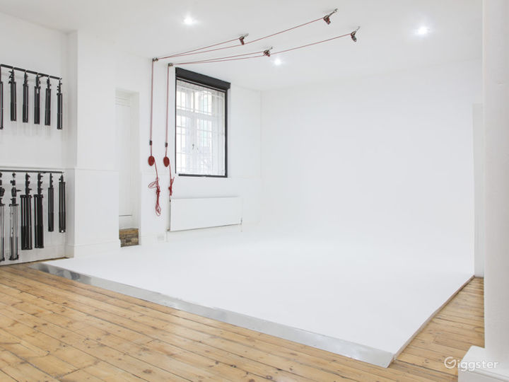 Professional and Highly Functional Film and Photo Studio in Shoreditch  Photo 3