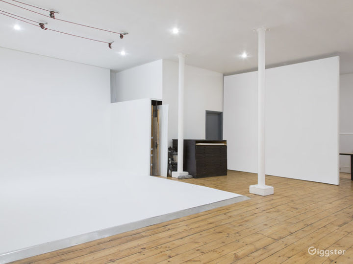 Professional and Highly Functional Film and Photo Studio in Shoreditch  Photo 4