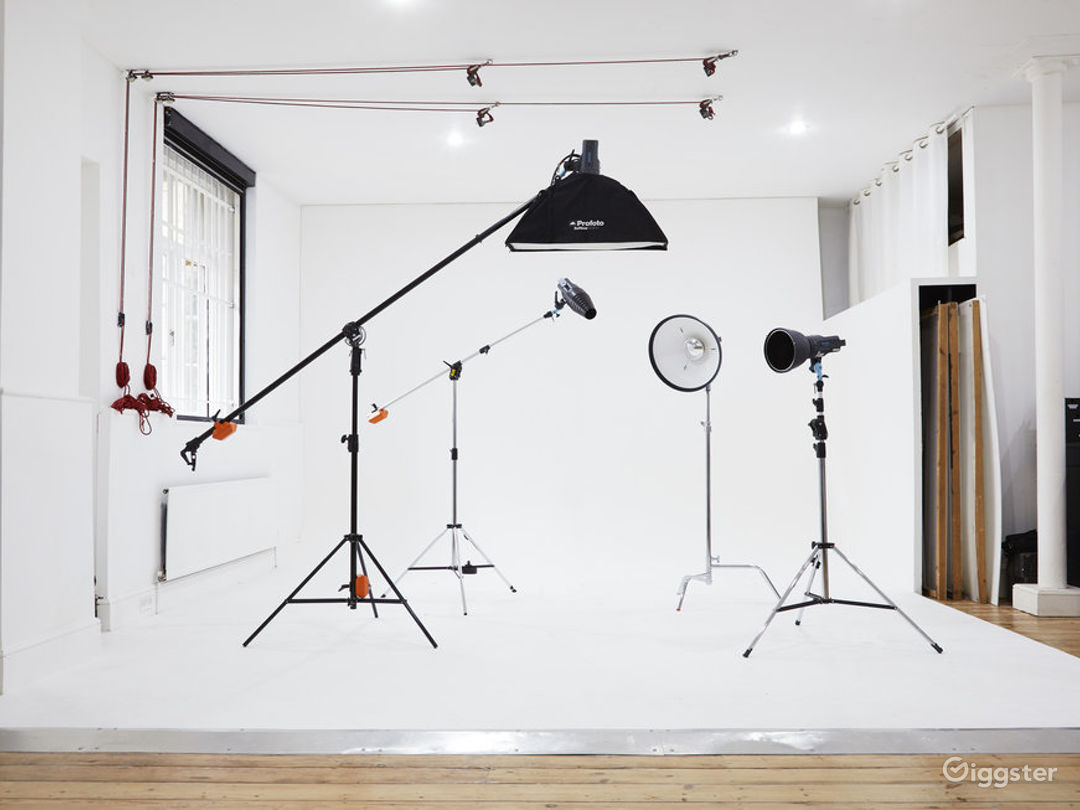 Professional and Highly Functional Film and Photo Studio in Shoreditch  Photo 1