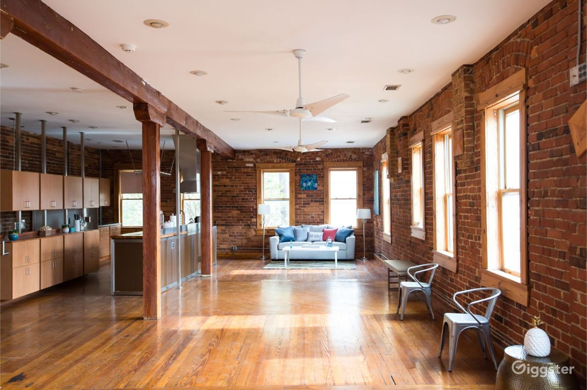 Daylight Luxury Loft near Atlanta University Center Atlanta Rental