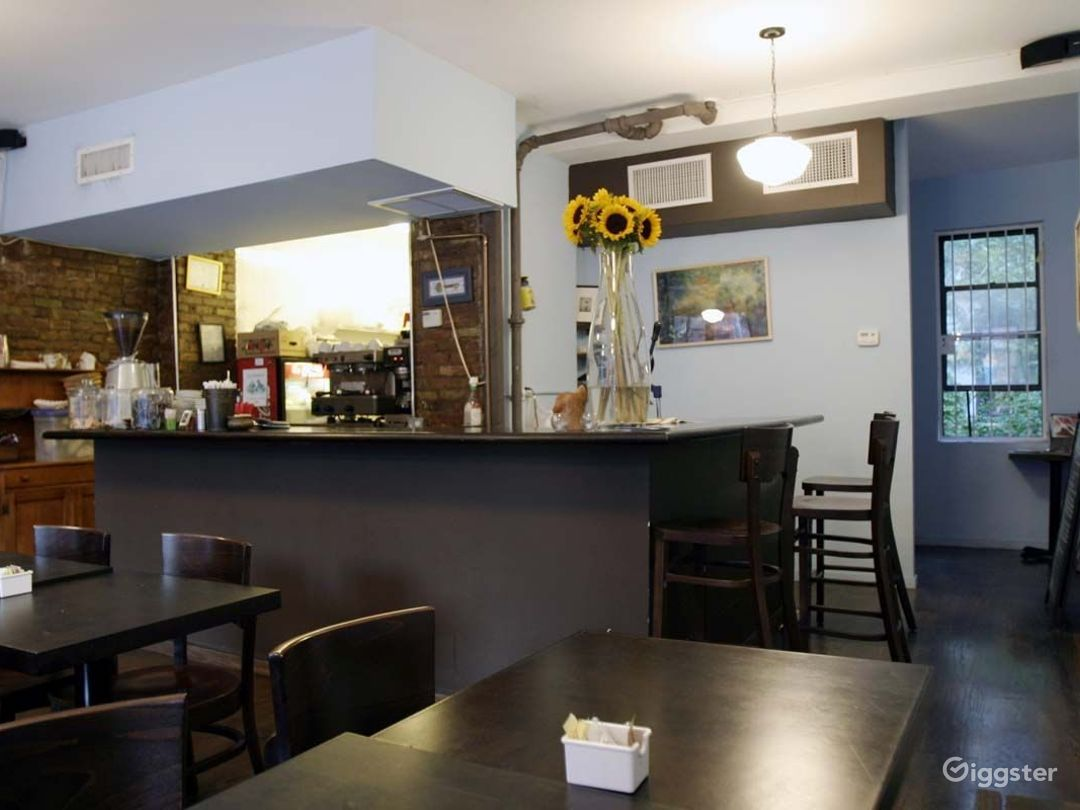 Cafe restaurant and bar: Location 4195 Photo 1