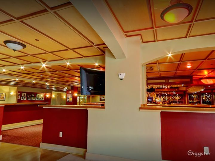 Modern Bar for Events in Madison Photo 3