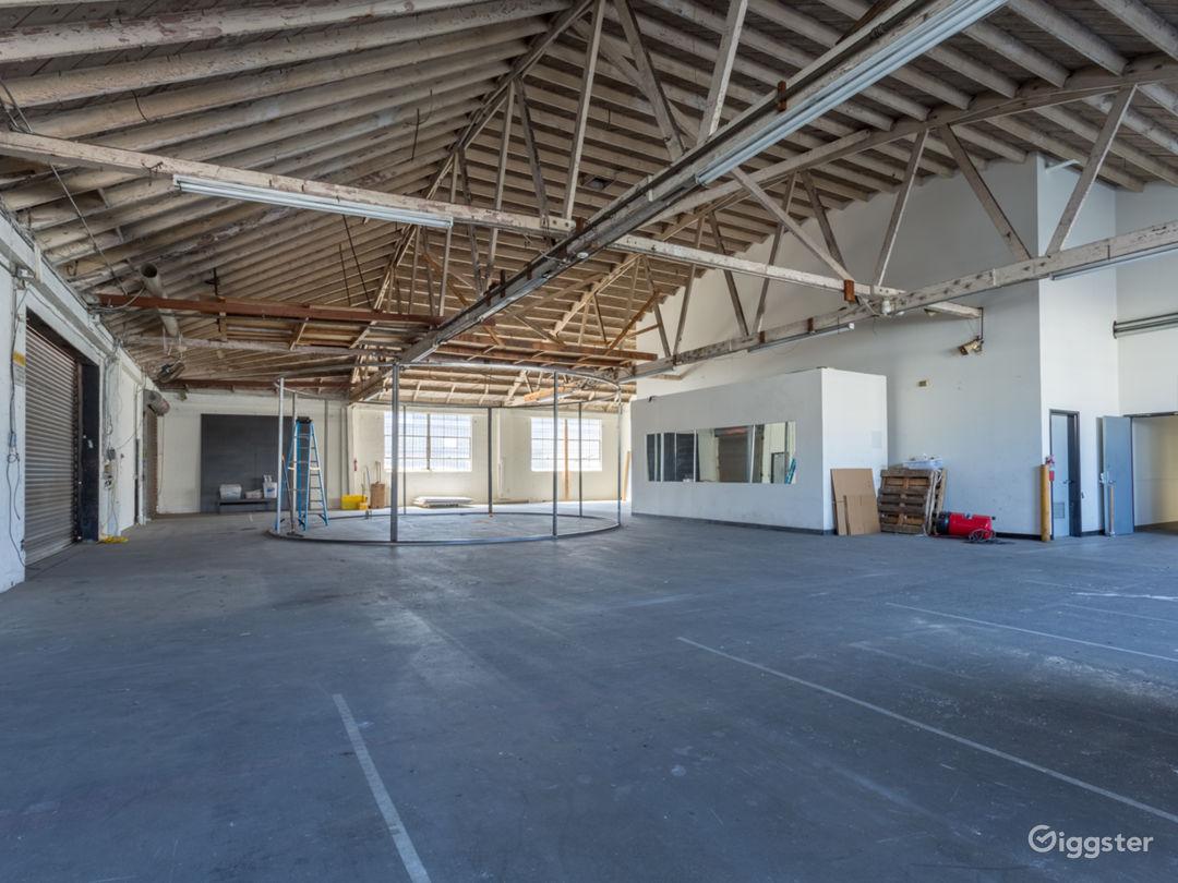Warehouse No.430 Photo 5