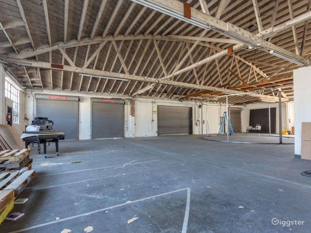 Warehouse No.430 Photo 1