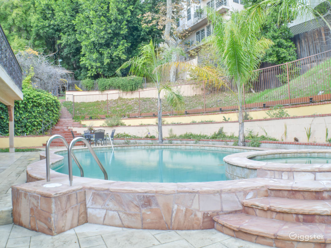 Classic Bel-Air Villa w/Pool and Outdoor Grotto Photo 3
