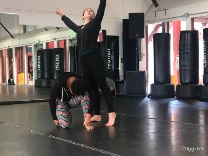 Spacious 1200 sq. ft. Studio World Dance & Cultural Center Photo 5