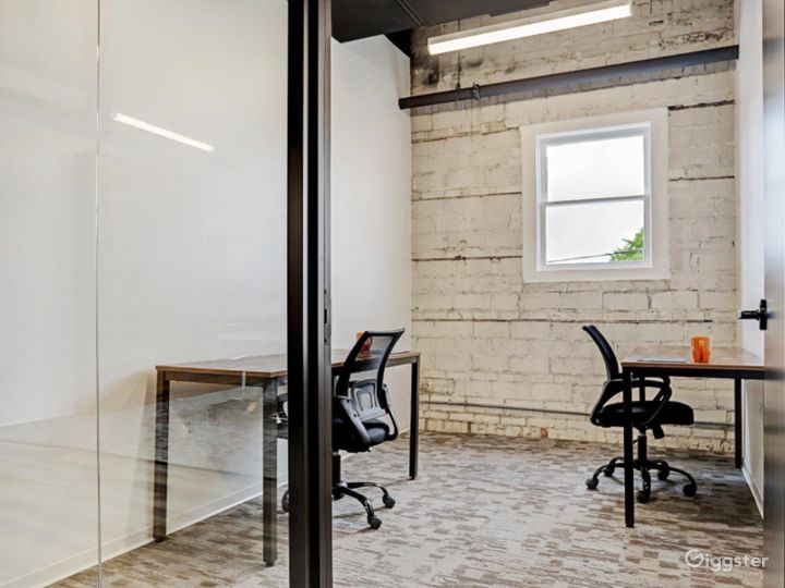 Modern Office Spaces for Meetings in Houston Photo 4