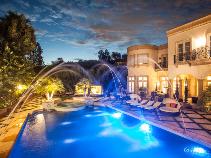 Beverly Hills Villa Shadow