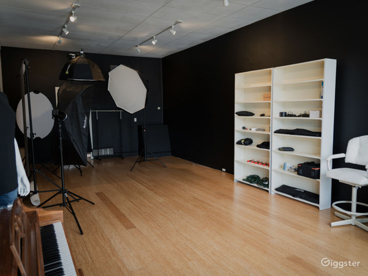Studio Storefront for Any Production Photo 2