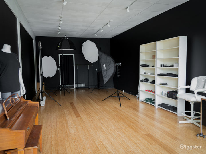 Studio Storefront for Any Production Photo 5