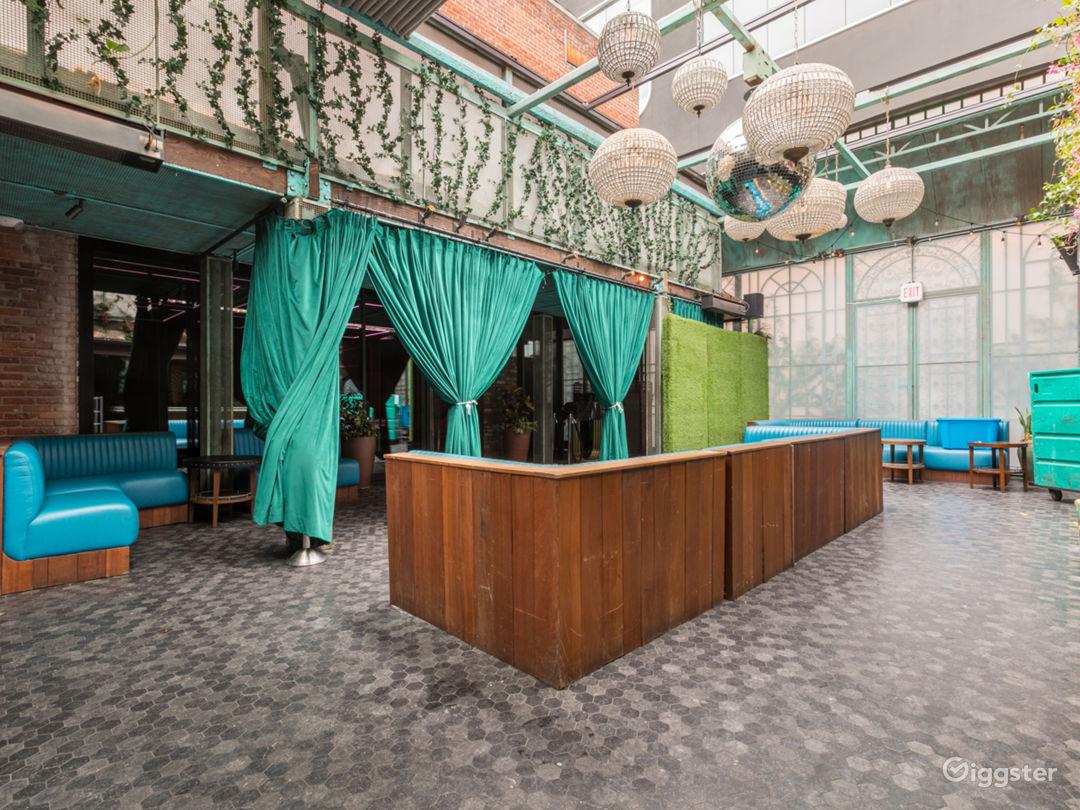 Nightclub No.203 Photo 2
