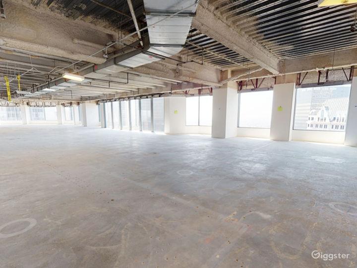 Floor 23 Photo 3