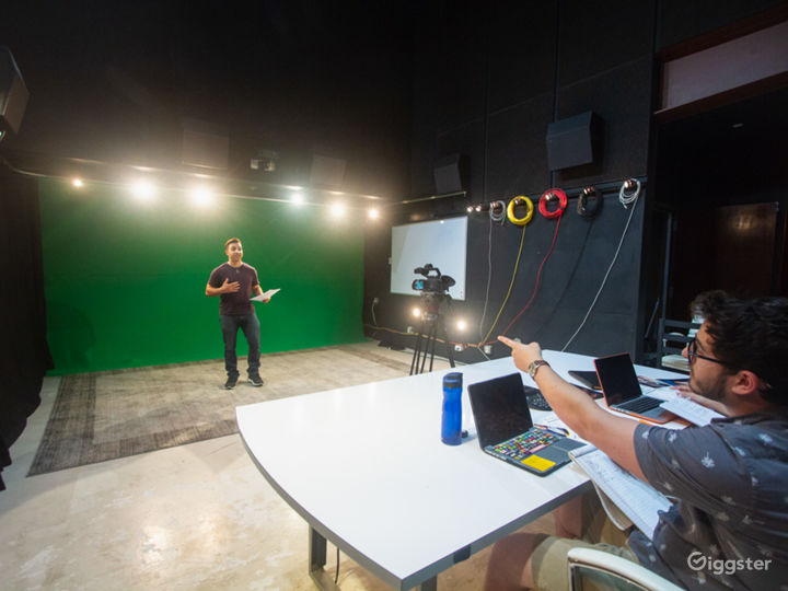 Studio with Green Screen and Sound Baffles Photo 5