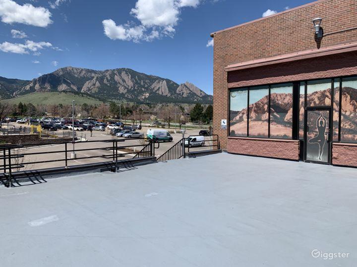 Relaxing Yoga Spot in Colorado Photo 5