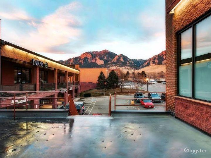 Relaxing Yoga Spot in Colorado Photo 3