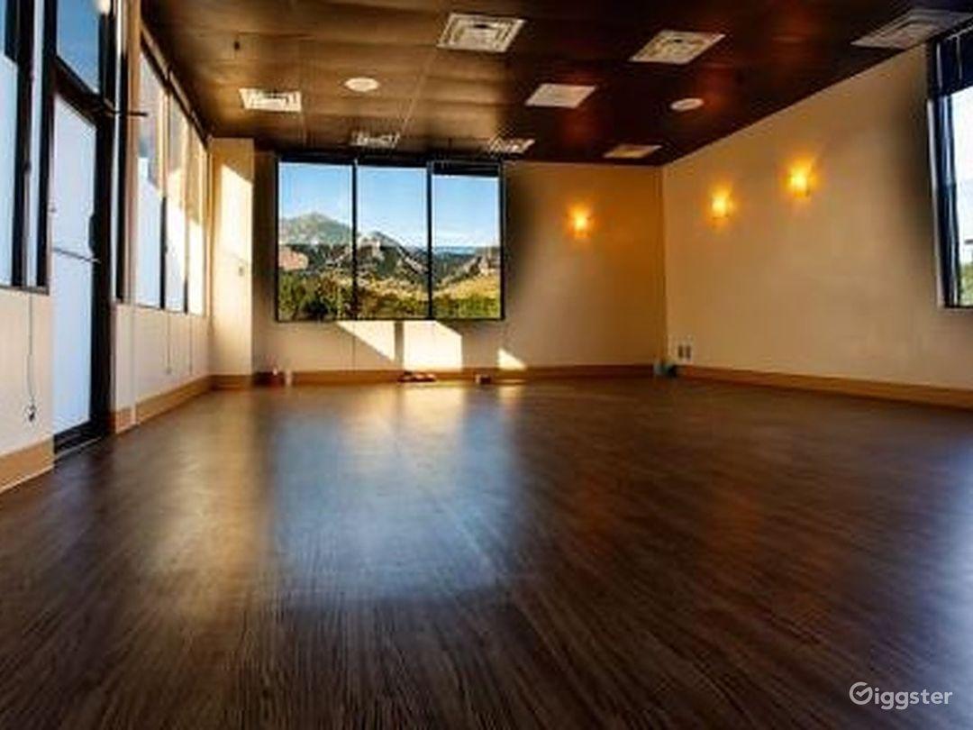 Relaxing Yoga Spot in Colorado Photo 1