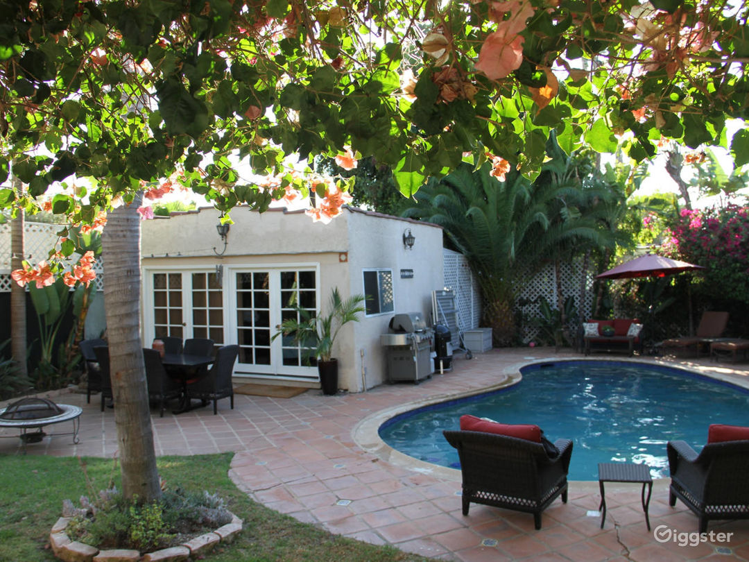 1926 Spanish House with Pool in Hollywood! Photo 2