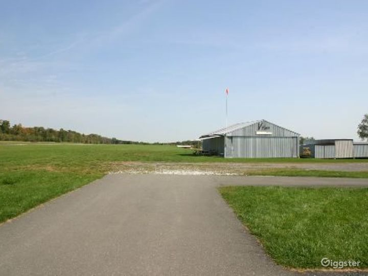 Private airfield: Location 4130 Photo 3
