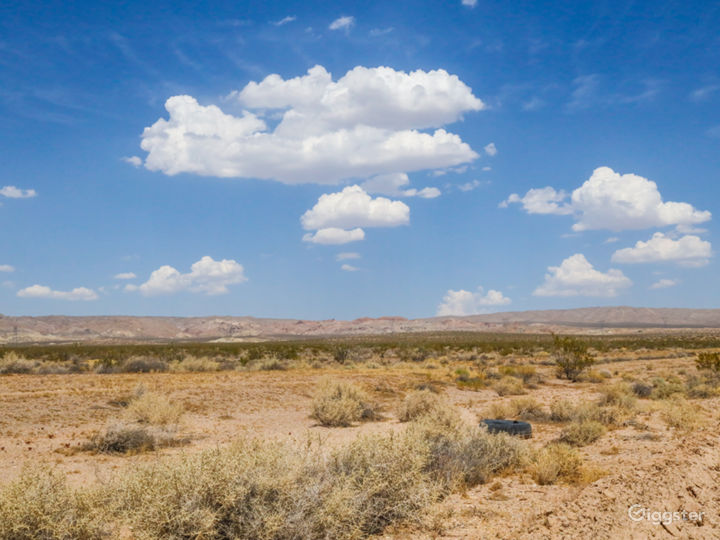 Secluded Rural Desert Property with Mountain Views Photo 2