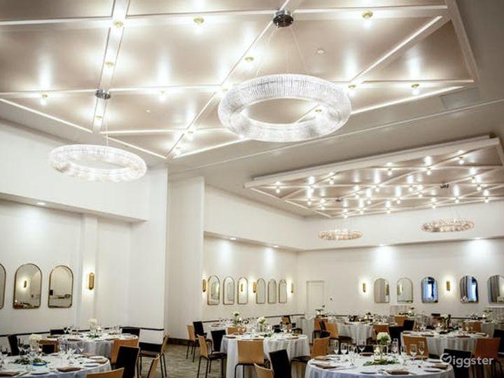 Luxury Ballroom Hotel Venue in Memphis Photo 2